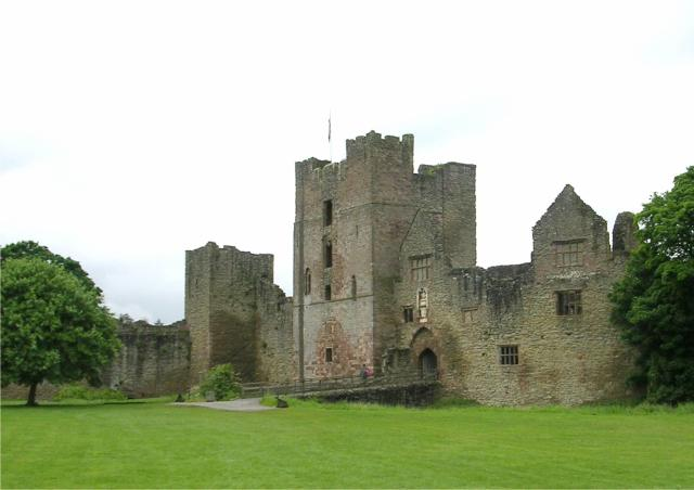 15 Heartwarming Things To Do In Herefordshire - Ludlow Castle in Shropshire