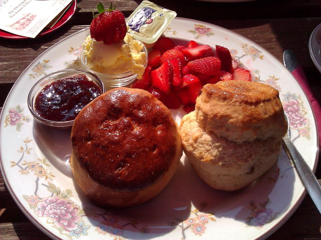 11 Things To Do In Cornwall, Land of Myths and Legends - Afternoon Tea