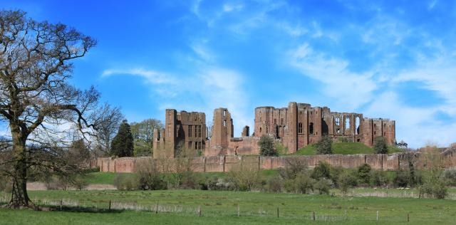 21 Fascinating Things To Do In Warwickshire - Kenilworth Castle