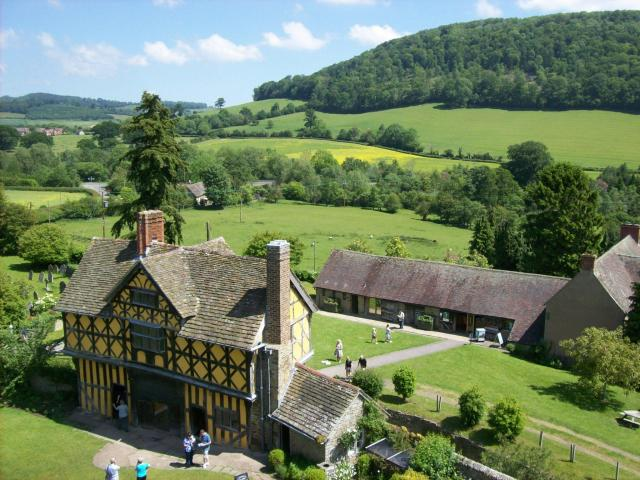 Britain's 17 Most Amazing Castles You Must Visit - Stokesay Castle
