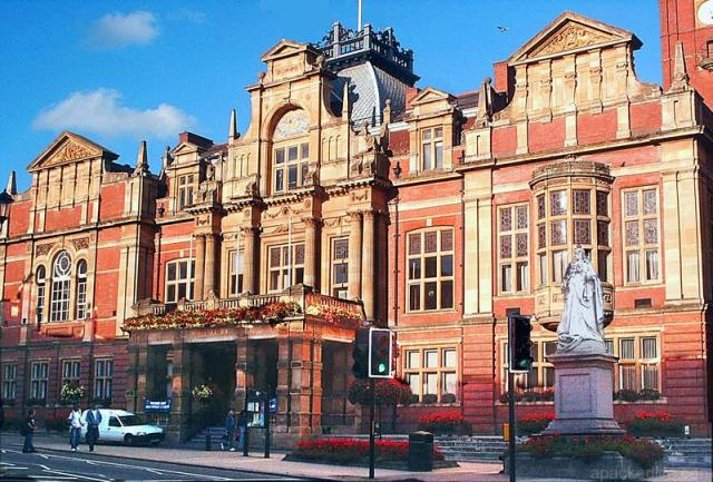 The 13 Best Alternative Day Trips From London - Royal Leamington Spa