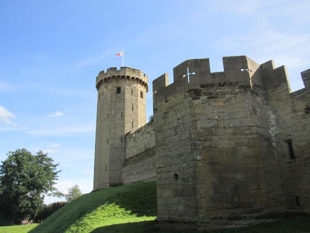 Britain's 17 Most Amazing Castles You Must Visit - Warwick Castle