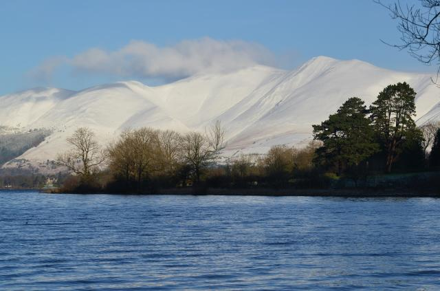 25 Stunning Places To Visit In The Lake District - Derwentwater and Skiddaw