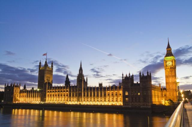 10 Day UK Trip Itinerary - 5 Beautiful Itineraries For Your Visit - Houses of Parliament