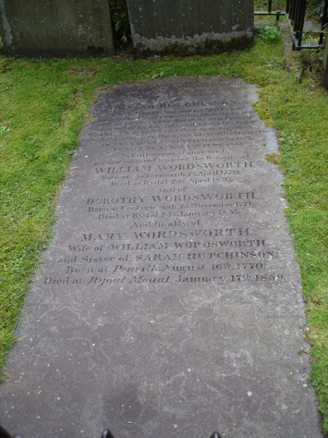 25 Stunning Places To Visit In The Lake District - Wordsworth's Grave