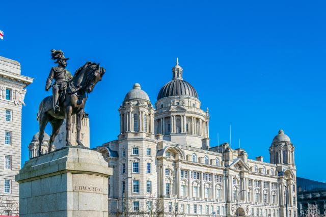 15 Fabulous Things To Do In Liverpool - Port of Liverpool Building - Three Graces