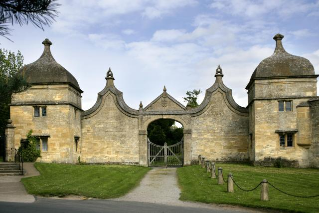 Cotswolds Weekend Break_ Two Day Itinerary - Chipping Campden Gate Houses