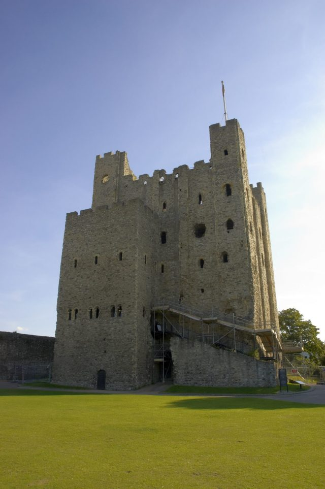 Castles Near London: Rochester Castle, Kent