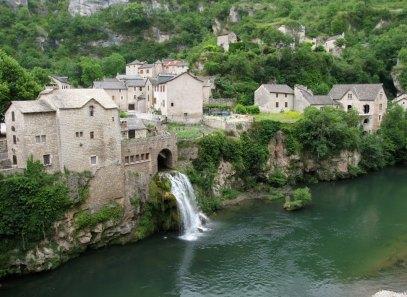 A village waterfall on the Tarn