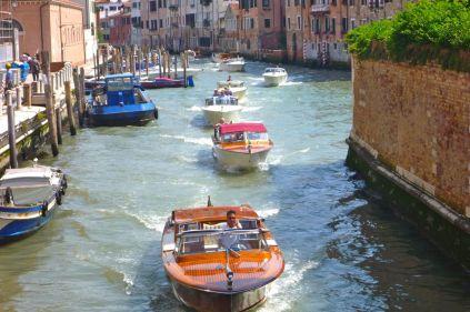The Vaporetti mafia reassert their turf