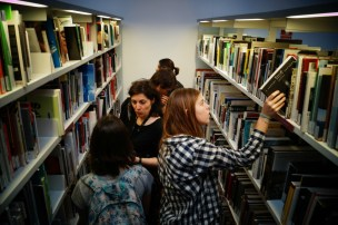 Còpia de Biblioteca MACBA (5)
