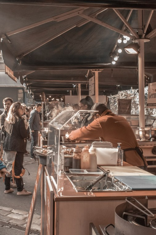 London Bridge Food Tour: Borough Market traders