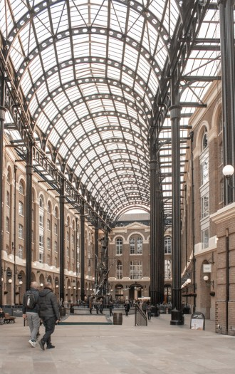 London Bridge Riverside Walk: Hay's Galleria
