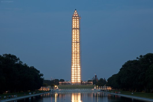 Washington Monument by Ian Livingston