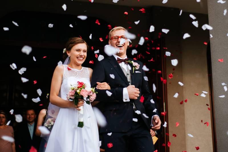 poradnik śłubny - niezbędnik gościa weselnego
