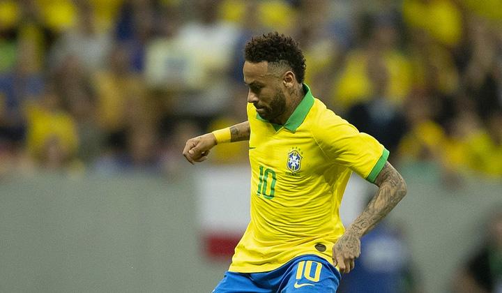 Neymar e o mês 7