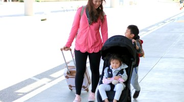5 Essential Travel Hacks For On The Go Parents