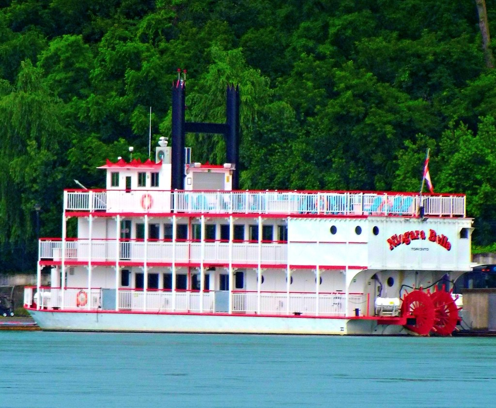 Niagara Belle Dinner Cruise