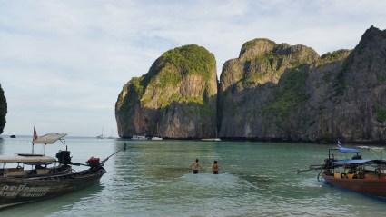 Amanhecer em Maya Bay