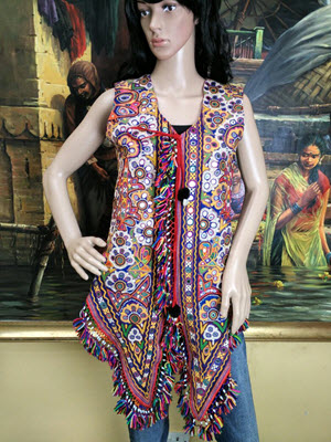 kutchi-embroidered-jacket-1_5