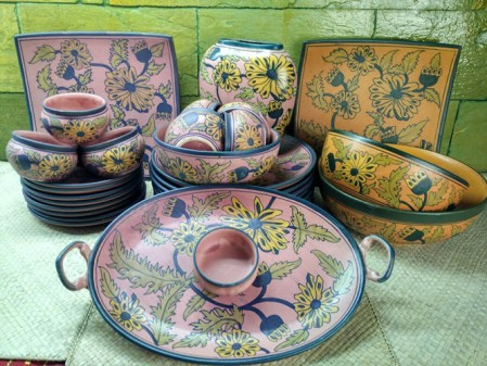 the-last-word-in-pottery-jaipur-blue-pottery-6