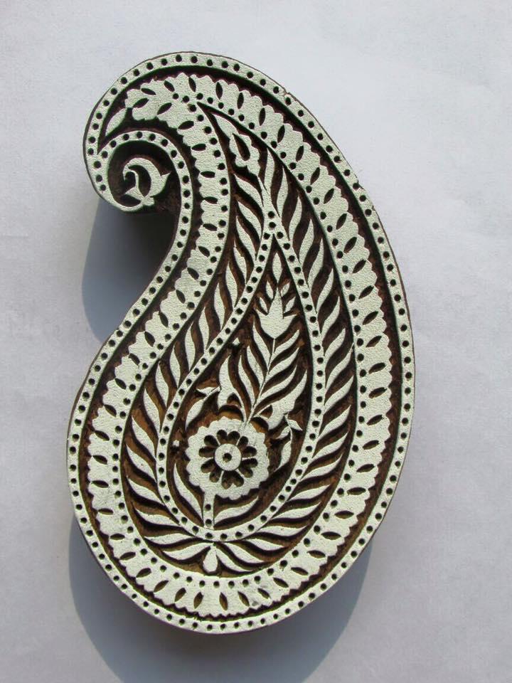 Meet-the-Master-Series-Shree-Ajmal-Khan-Woodwork-Artisan -of-Saharanpur-Uttar-Pradesh-India-Aparna-Challu-jpg (13)