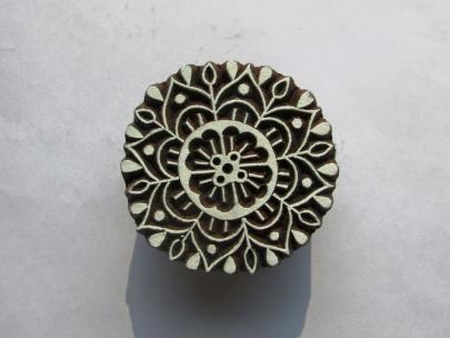Meet-the-Master-Series-Shree-Ajmal-Khan-Woodwork-Artisan -of-Saharanpur-Uttar-Pradesh-India-Aparna-Challu-jpg (15)