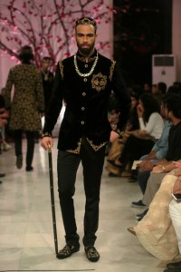 Rohit Bal Couture Collection FDCI (2)