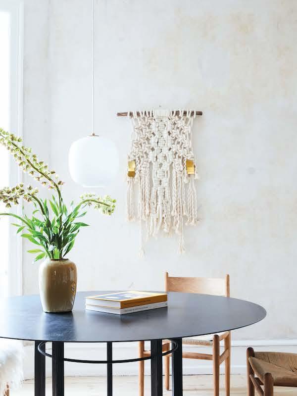 A Modern Take On A Retro Design Trend Apartment34