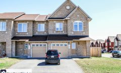 163 Silvermoon Crescent (Orleans) - 1595$