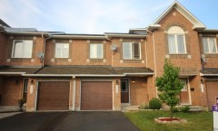 208 Flamborough Way (Kanata) - 1875$