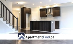 696 Parade Drive (Stittsville) - 2250$