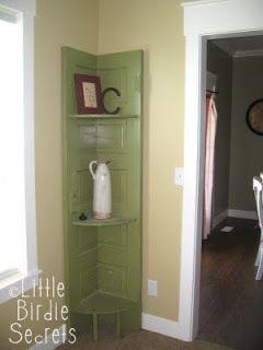 9 Diy Ideas To Reuse Old Vintage Wood Doors Apartment Geeks