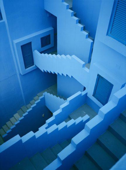 la_muralla_roja_calpe_alicante_spanish_modern_minimal_architecture_15