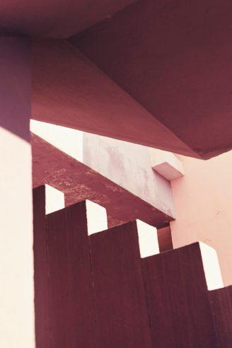 la_muralla_roja_calpe_alicante_spanish_modern_minimal_architecture_2