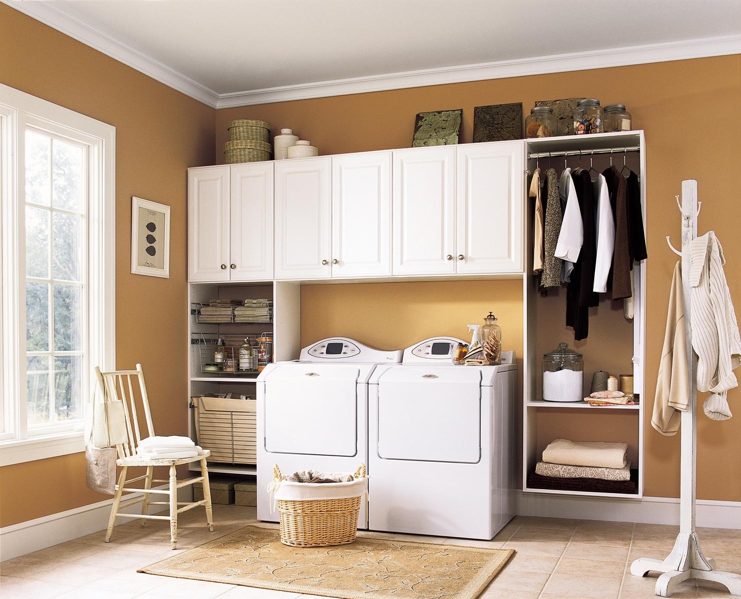 I Dream of Laundry Rooms   Apartments i Like blog on Laundry Room Decor  id=15595
