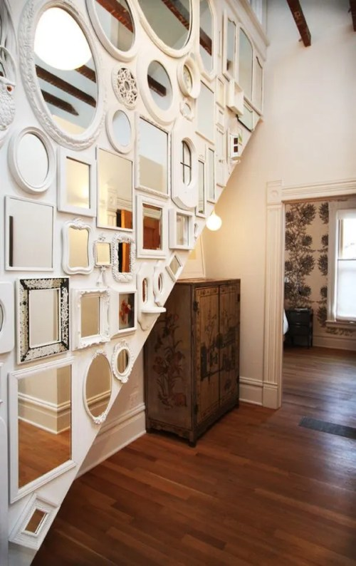 eclectic-hall-wall-mirorred
