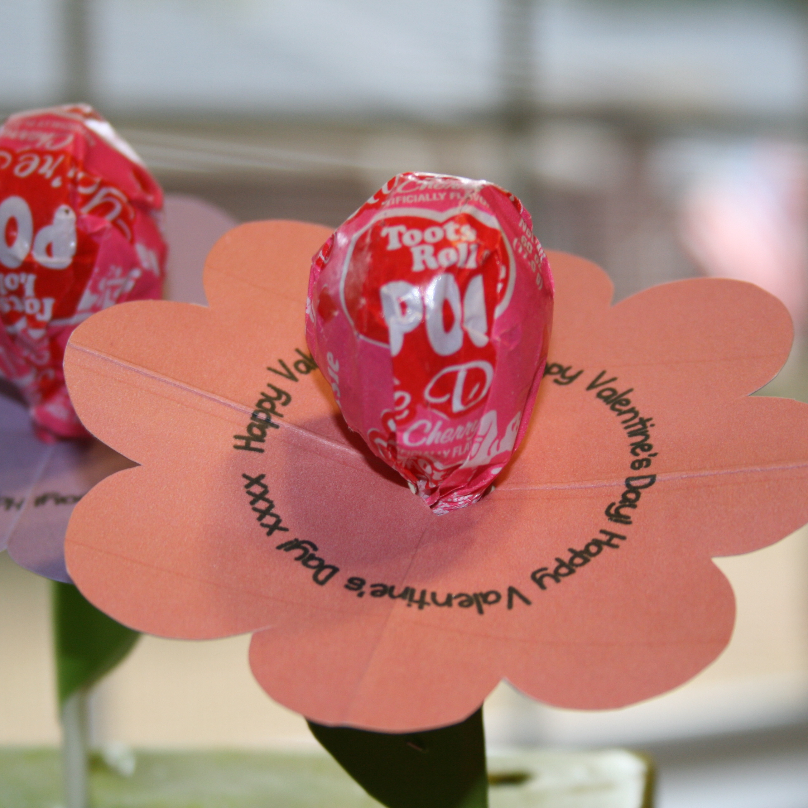 Valentines Day Lollipop Flowers With FREE Printables A