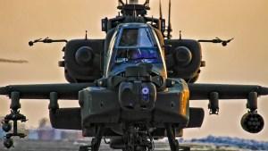 Uber Hot Apache attach helicoptor