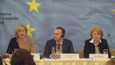 Comisarul European Corina Crețu și Aura Răducu, Ministrul Fondurilor Europene în Prezidiul lucrărilor la Reuniunea grupului de comunicatori ai Politicii de coeziune INFORM - sesiunea de deschidere