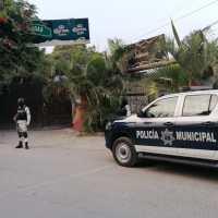 Asesinan a tres y un lesionado en bar de Acapantzingo