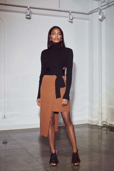 brown skirt, sexy black top, womens wear, fashion for women, style for women, chic trends
