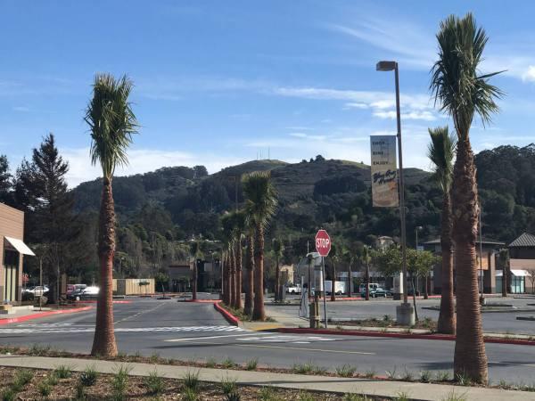 Sized_Marin-Gateway_Drive-Hills
