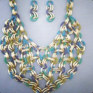 chain-bib-necklace