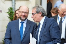 Martin Schulz, President of the European Parliament and member of the APE, and Roland Ries, Mayor of Strasbourg
