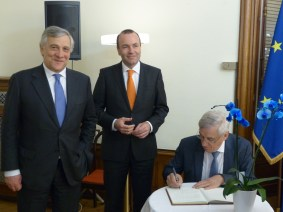Antonio Tajani, President of the European Parliament and member of the APE, Manfred Weber, MEP and Vice President of the APE, and Albert Dess, MEP and Treasurer of the APE