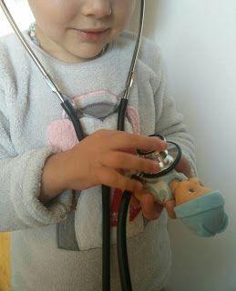¿Tu hijo/a tiene miedo a ir al médico? Te cuento nuestro «truco» para solucionarlo