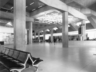 PSE, Aéroport, Salle d'attente