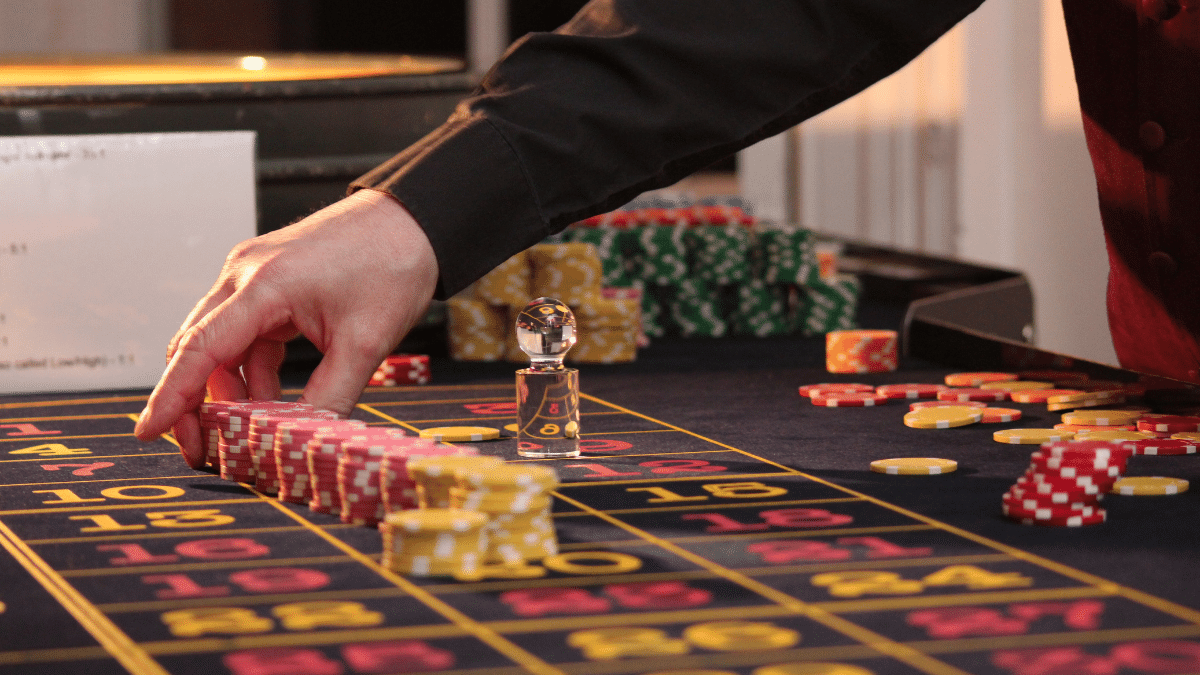 Why Online Table Games Are Gaining More Popularity
