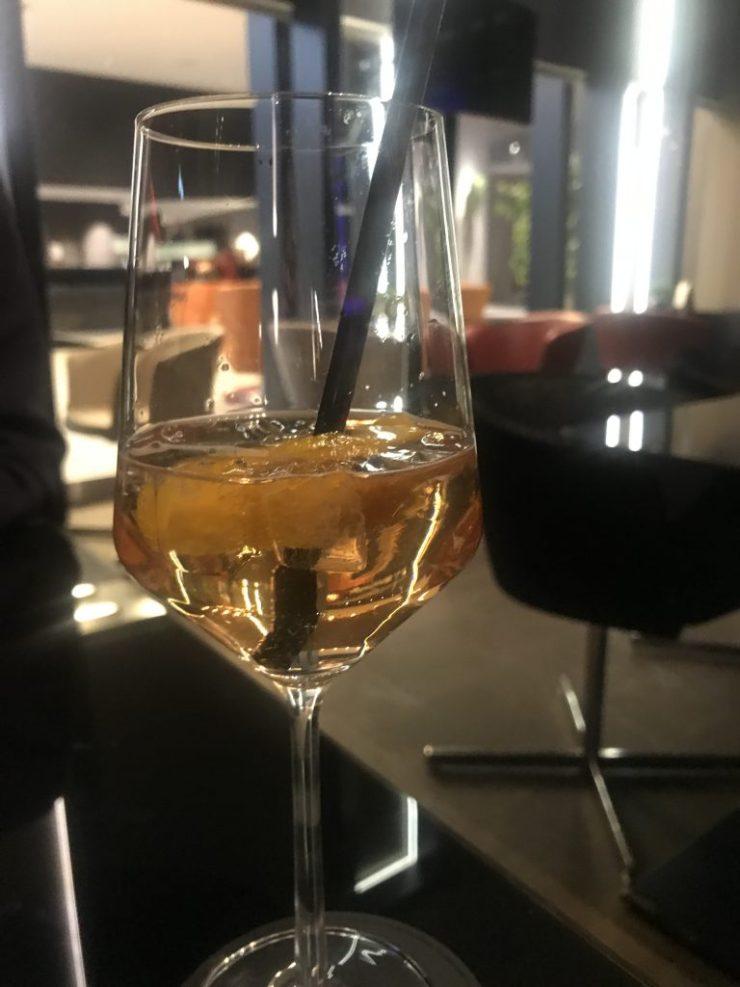 Berliner Spritz in der Bar n°5 im Steigenberger Hotel am Kanzleramt